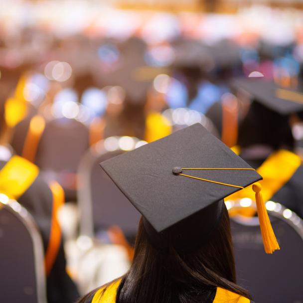 AAUW student debt image